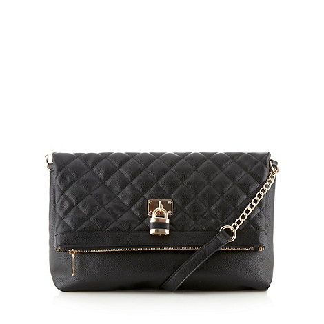 Call It Spring - Black quilted 'Kunnas' padlock shoulder bag