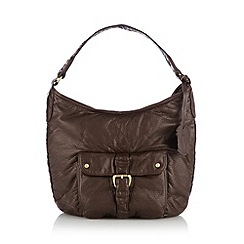 Mantaray - Chocolate squirrel charm shoulder bag