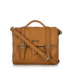 Mantaray - Tan leather zipped satchel bag