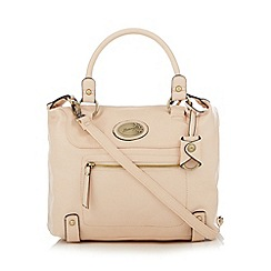 Mantaray - Cream front zip pocket bowler bag