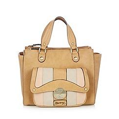 Mantaray - Tan front pocket grab bag