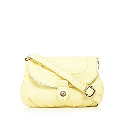 Mantaray - Light yellow washed cross body bag
