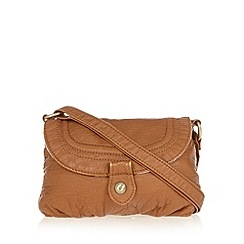 Mantaray - Tan popper cross body bag