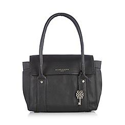 Bailey & Quinn - Black 'Azami' leather shoulder bag