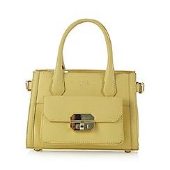 Bailey & Quinn - Light yellow 'Alyssa' pocket grab bag
