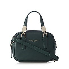 Bailey & Quinn - Green leather 'Boxy' cross body bag