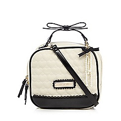 Floozie by Frost French - Cream heart quilted boxy grab bag