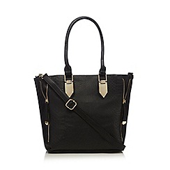 Call It Spring - Black 'Leek' zipped side shoulder bag