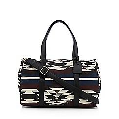Call It Spring - Black 'Sourtop' weekender bag