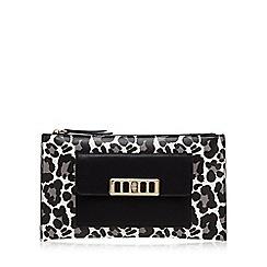 Star by Julien Macdonald - Black leopard print clutch bag