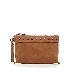 Nine by Savannah Miller - Tan studded clutch bag