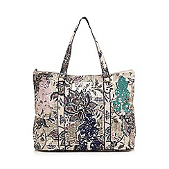 Mantaray - Blue floral weekender bag