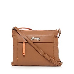 Mantaray - Tan leather cross body bag
