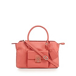 Bailey & Quinn - Coral leather logo plate small grab bag