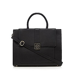 Bailey & Quinn - Black leather logo plate grab bag