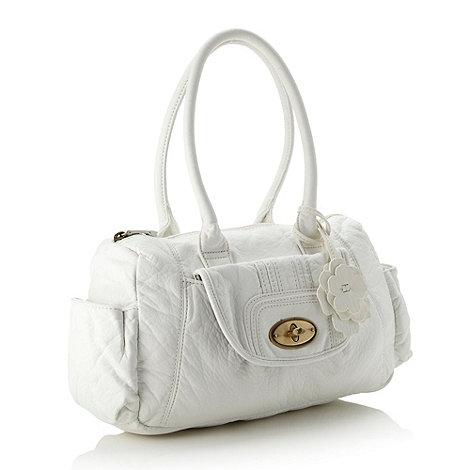 Mantaray - White flower charm shoulder bag