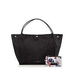 Bailey & Quinn - Black winged shopper bag