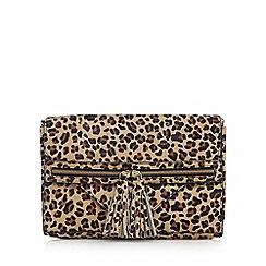 Nine by Savannah Miller - Black textured leopard print clutch bag