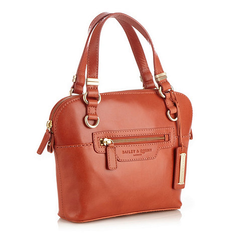 Bailey & Quinn - Light peach small leather +devon+ grab bag