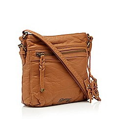Mantaray - Tan washed cross body bag