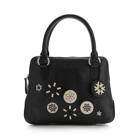Black Kew Hand Bag