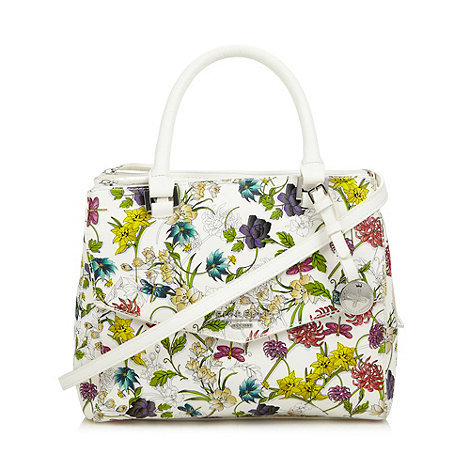 how to wear floral printed bags