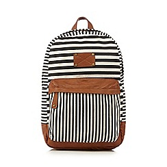 Call It Spring - Black 'Glod' heart print backpack
