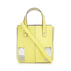 Red Herring - Yellow structured metal corner grab bag