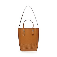 Clarks - Light tan 'Timely Point' leather tote bag