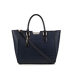 Clarks - Navy 'Magnolia' winged grab bag