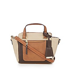Clarks - Tan 'Rose' grab bag