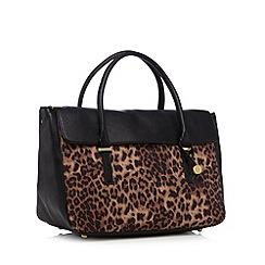 Fiorelli - Black 'Delainie' leopard print grab bag