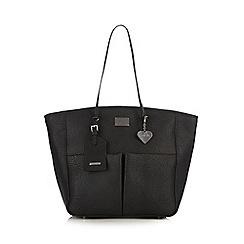 Marc B - Black grained heart charm shopper bag