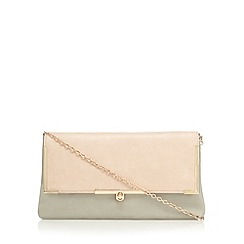 Red Herring - Natural fold over metal bar clutch