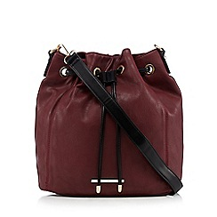 Red Herring - Dark red duffle shoulder bag