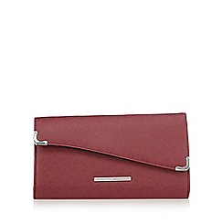 Red Herring - Dark red metallic clutch