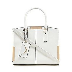 Call It Spring - White 'Bakulondon' winged grab bag