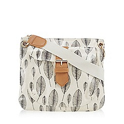 Kangol - Cream leaf print cross body bag