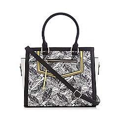 Call It Spring - Black and white 'Frascineto' leaf print tote bag