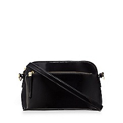 Clarks - Black 'Misterton' patent shoulder bag