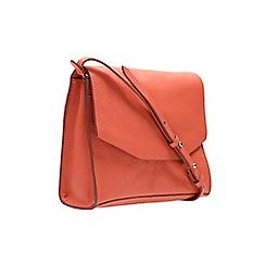 Clarks - Coral leather 'treen island' shoulder bag