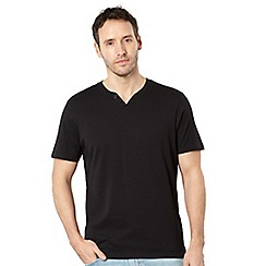 Maine New England - Black notch neck t-shirt