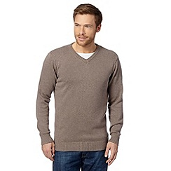 Maine New England - Big and tall fawn plain v neck jumper