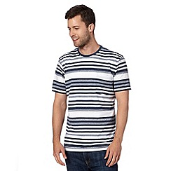 Maine New England - Big and tall white striped crew neck t-shirt