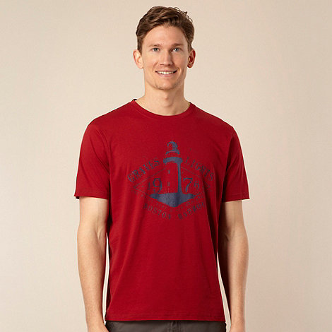 Maine New England - Big and tall dark red lighthouse printed t-shirt