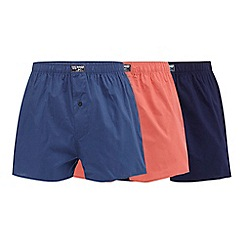 Mantaray - Pack of three assorted woven boxers