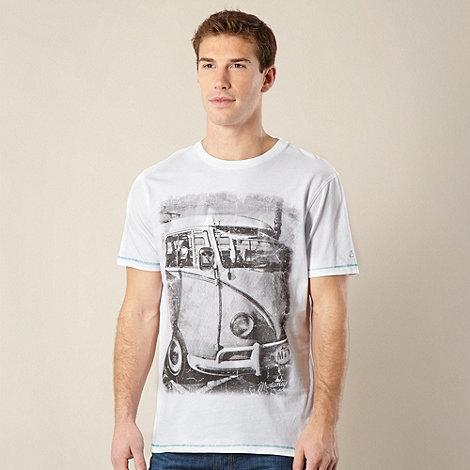 Mantaray - Big and tall white car photo t-shirt