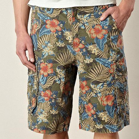 Mantaray - Khaki floral camouflage cargo shorts