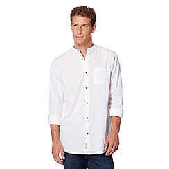 Mantaray - White textured woven granddad collar shirt