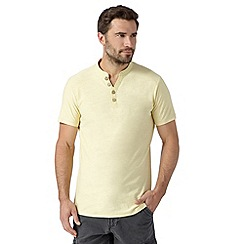 Mantaray - Big and tall yellow low y neck t-shirt